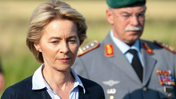 Bundeswehr-Pilotin bei Flugtraining umgekommen