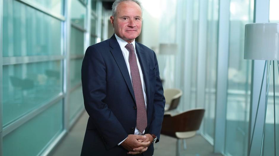 John Bennett,57, ist einer der erfahrensten Fondsmanager Großbritanniens. Für die Fondsgesellschaft Janus Henderson verwaltet er 6 Milliarden Euro.