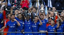 Hazard schießt Chelsea zum achten Pokalerfolg