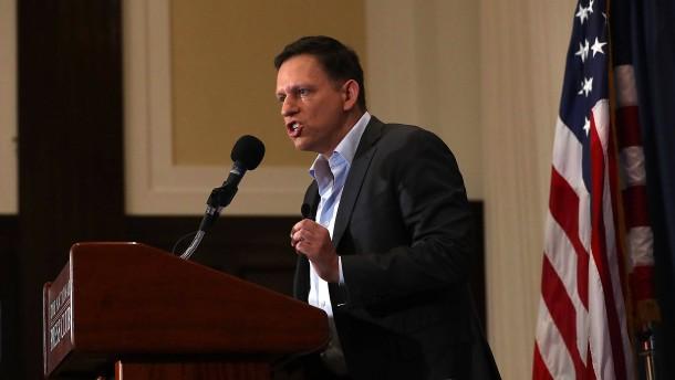Was hat Peter Thiels Firma mit Cambridge Analytica zu tun?