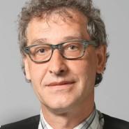 """Markus Schug - Portraitaufnahme für das Blaue Buch """"Die Redaktion stellt sich vor"""" der Frankfurter Allgemeinen Zeitung."""