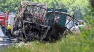 18 Tote bei schwerem Busunfall in Bayern
