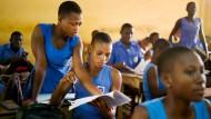 Bereit, die Chance zu ergreifen: Für die Schülerinnen der Presbyterian Senior High School in Tamale im Norden Ghanas soll ein Wohnheim gebaut werden.