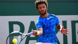 Tennisspieler wegen Belästigung suspendiert