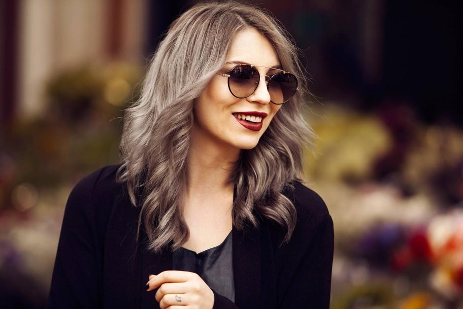 Bilderstrecke Zu Neue Trend Haarfarbe 2015 Bei Frauen Ist Grau