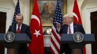Präsident Trump empfängt Erdogan