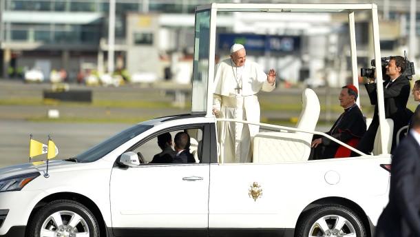 Papst Franziskus zu Besuch in Kolumbien