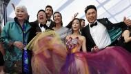 """Bester Laune: Die Schauspieler des Hollywood-Films """"Crazy Rich"""" im Januar in Los Angeles."""