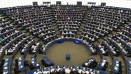 Im Rechtsausschuss des EU-Parlament ist zu Urheberrechten im Internet eine Vorentscheidung gefallen. Die wollen manche nun revidieren.
