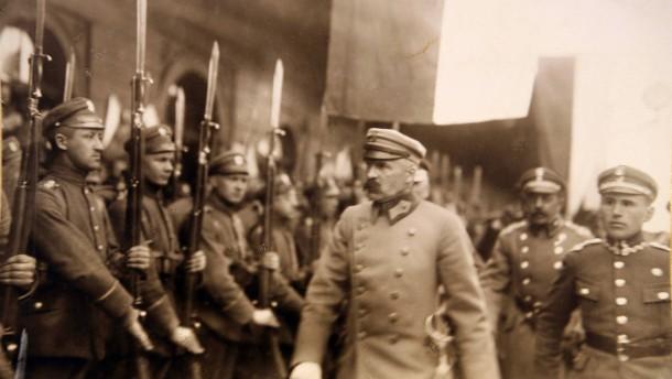 Dem Vater der polnischen Unabhängigkeit
