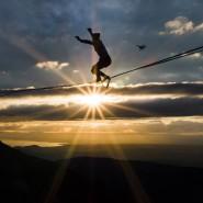 Immer schön im Gleichgewicht bleiben! Auch im Alltag zwischen Mann und Frau wünschenswert.