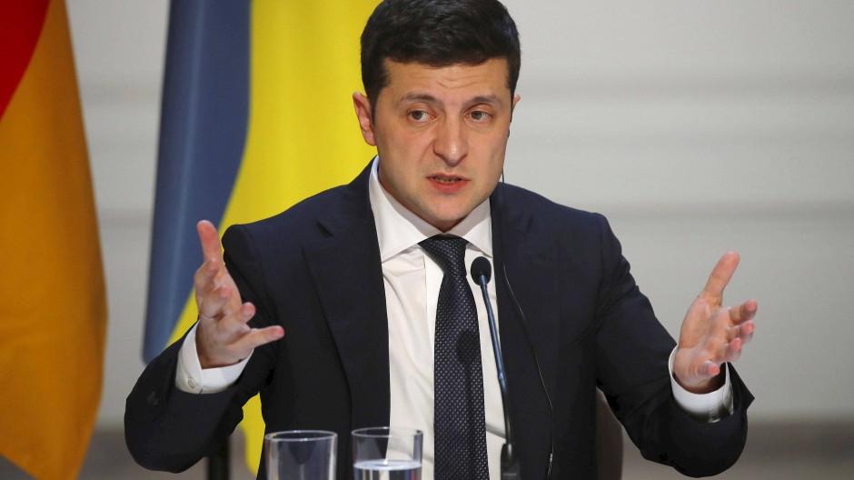 Selenskyj war in der Ukraine vor dem Normandie-Treffen großer Kritik ausgesetzt.