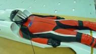 Mit dem Düsen-Skateboard auf 500 Sachen