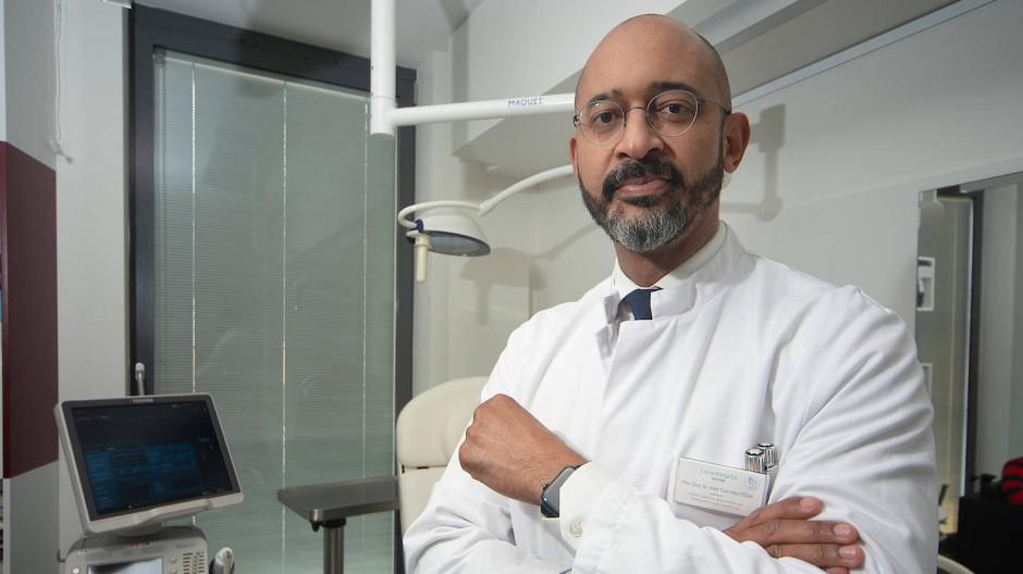 Spezialist für Plastische und Ästhetische Chirurgie: Dan mon O'Dey