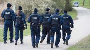 100 Wachpolizisten zusätzlich