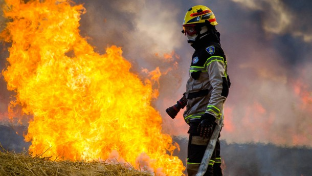 Chile kämpft mit den Flammen