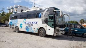 Mindestens 38 Tote durch Panikreaktion eines Busfahrers