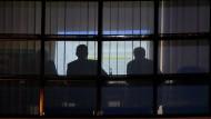 Härtestes Ringen unter Schlafentzug: Verhandler von Union und SPD im Willy-Brandt-Haus