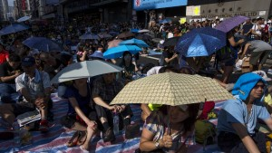 Demonstranten trotzen Zensur und Hackerangriffen