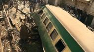Mehrere Opfer bei schwerem Zugunglück in Pakistan