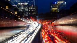 Grüner Verkehrsminister beharrt auf Fahrverboten
