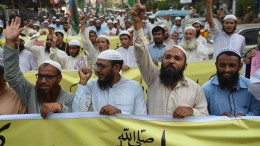 Pakistans Regierung beugt sich Druck der Islamisten