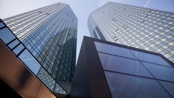 Deutsche Bank streicht 1900 Stellen