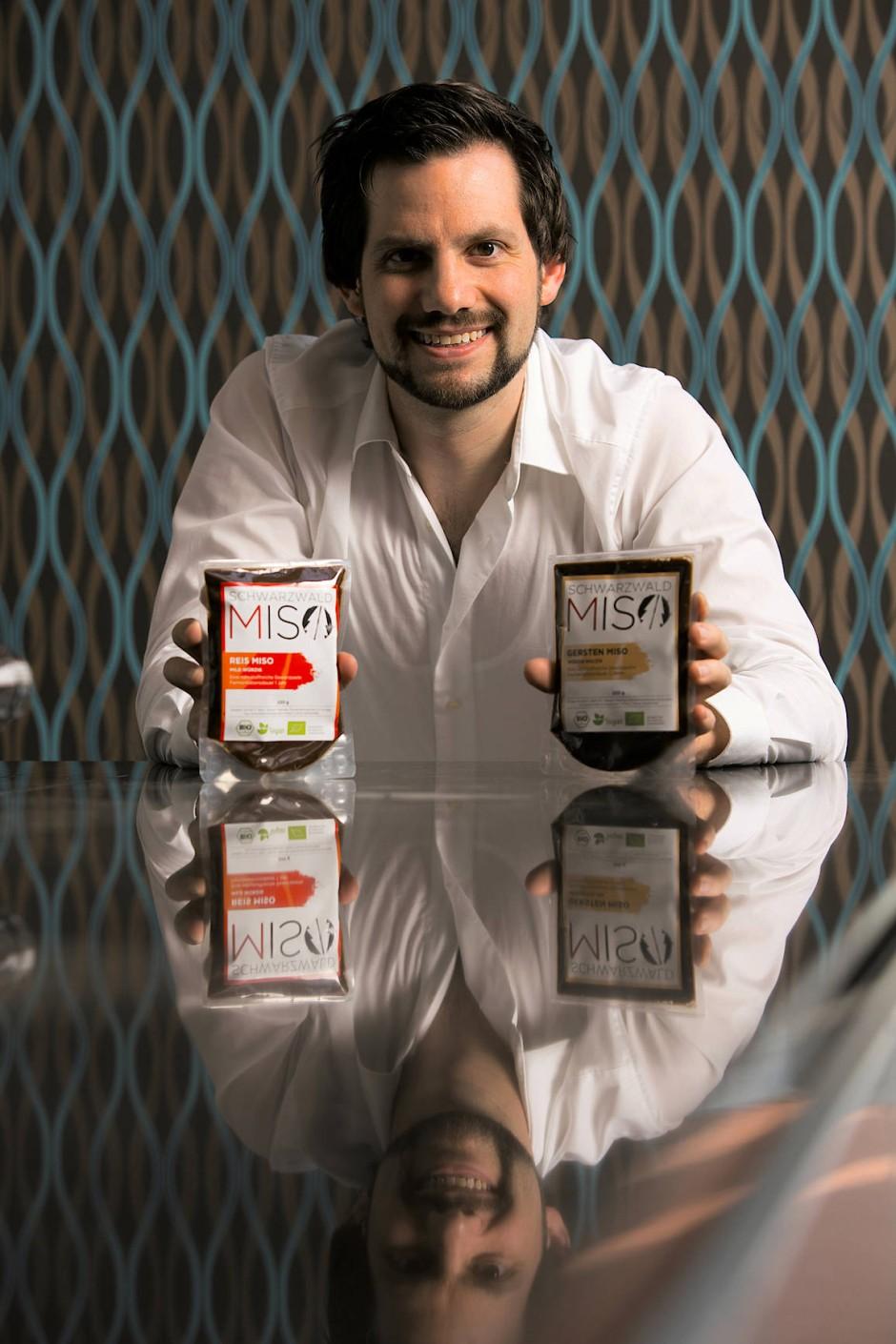 Peter Koch arbeitete in der Automobilbranche, bis er damit begann, deutsche Miso-Paste nach japanischem Vorbild herzustellen.