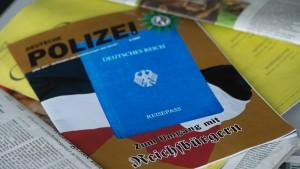 """""""Reichsbürger"""" sollen mehr als 10.500 Straftaten verübt haben"""
