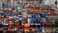 Nahles: Wir brauchen bis zu 3,3 Milliarden Euro mehr für Flüchtlinge