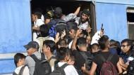 Der doppelte Flüchtlingsstrom vom Balkan