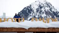 Das Weltwirtschaftsforum in Davos begrüßt seine Gäste mit viel Schnee und kühlen Temperaturen.