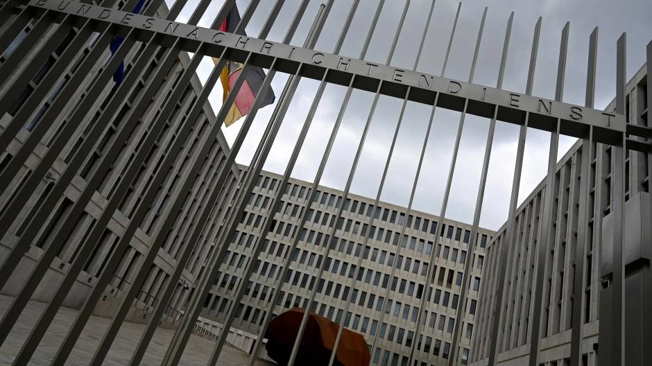 BND-Abhörpraxis verstößt gegen Grundgesetz