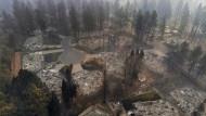 Nach dem Inferno: Häuser an der Clark Road in Paradise sind dem Erdboden gleichgemacht.