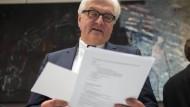 Neue alte Blätter: Steinmeier kehrt ins Auswärtige Amt zurück.