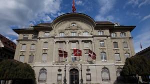 Notenbank stützt Franken