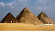 Mark Lehner und Zahi Hawass bringen in ihrem gemeinsamen Buch die Leser auf den neuesten Stand der Pyramidenforschung.