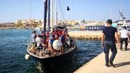 """Gegen Salvinis Willen: Rettungsschiff """"Alex"""" am Samstag auf Lampedusa"""