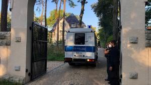 300 Polizisten bei Razzia in Berlin und Brandenburg im Einsatz