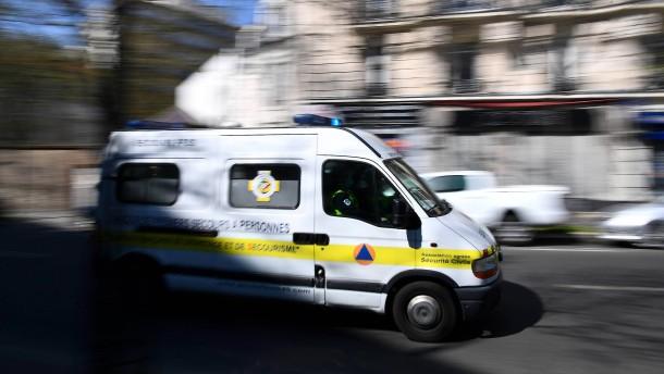 Frankreich trauert um 16 Jahre alte Schülerin