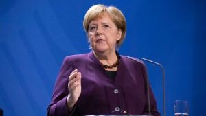 Merkel weist Macrons Kritik entschieden zurück