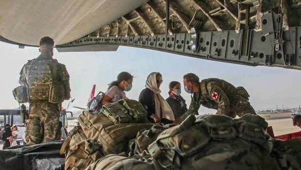 Britische Regierung will 6000 weitere Menschen aus Kabul holen
