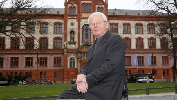 Stasi-Vorwürfe - wie ein Mühlstein am Hals