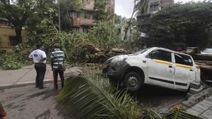 Zyklon hinterlässt Spur der Verwüstung