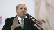 Das Verfassungsgericht gilt neben der Zentralbank als einzige staatliche Institution, die noch nicht vollständig unter Kontrolle von Präsident Recep Tayyip Erdogan ist.