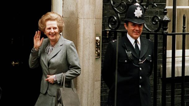"""Theresa May braucht einen """"Handtaschenmoment"""""""