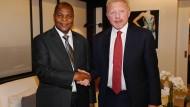 Diese Foto mit dem Präsidenten der Zentralafrikanischen Republik veröffentlichte Beckers Anwalt.