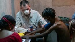 Schwierige Hilfe im Slum