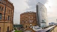 In Wien wurden vier denkmalgeschützte Gasometer zu Wohngebäuden umgebaut