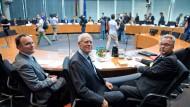 Juristentag im Bundestag: Papier, Hoffmann-Riem und Bäcker